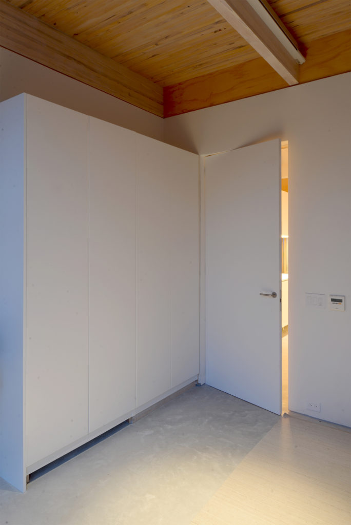 Frameless Door | Trimless Door | Minimalist Door | New York Los Angeles | Flächenbündige Türen | Wandbündige Türen | Deutschland Schweiz