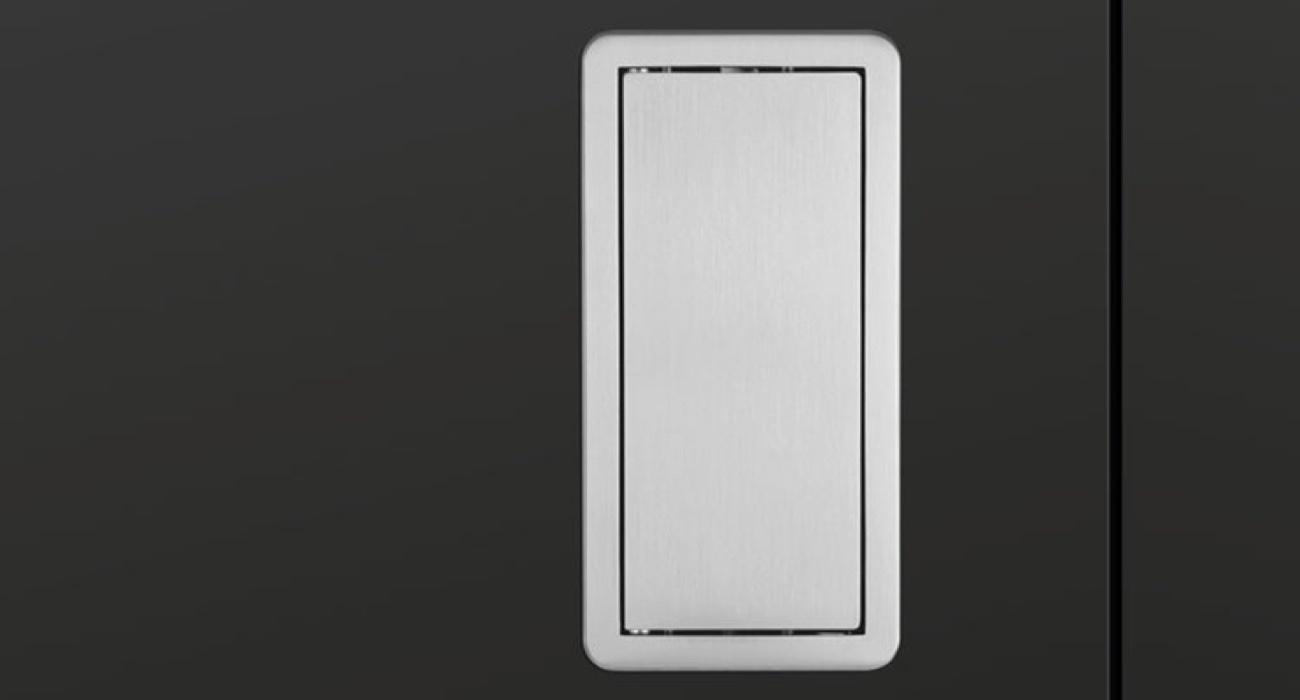 Frameless Doors by Insensation®   Frameless Swing Doors