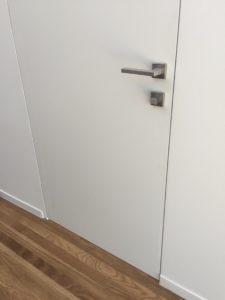 https://frameless-doors.com/wp-content/uploads/2018/06/op.jpeg